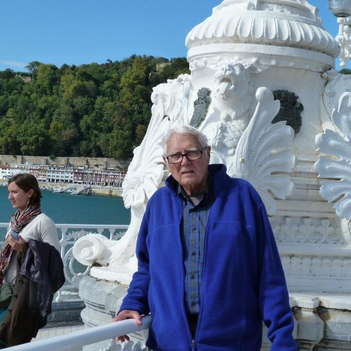 Bob Along the Promenade